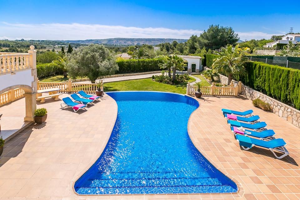 luxury villa infinity pool in javea spain