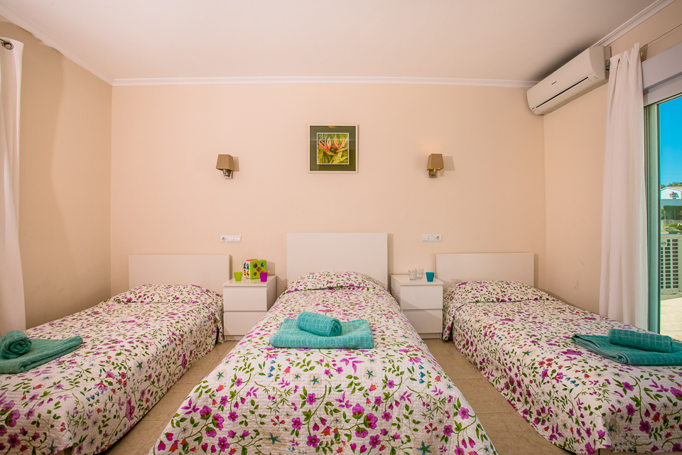 3 beds_ javea spain