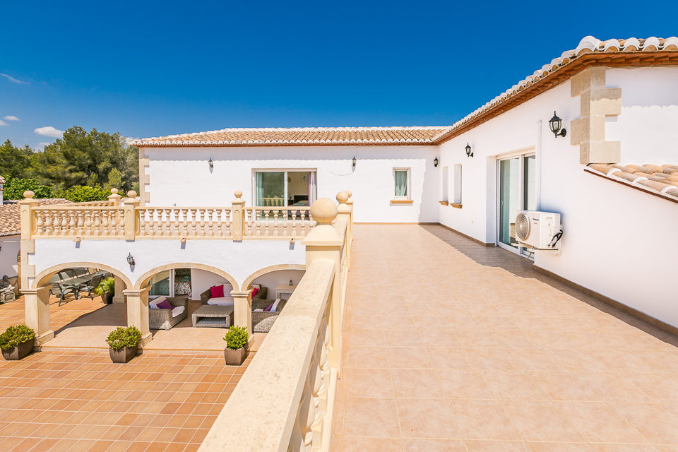 Large Sun Terrace in javea holiday rentals.